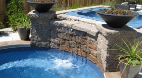 Pool-spa-combo-fire-bowl-fire-feature-water-feature-sheer-decent-hot-tub-viking-bench