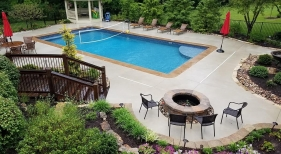 Vinyl Liner Pool with Volley Net