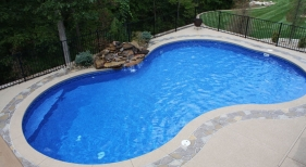 Freeform-kidney-radius-waterfall-boarder-flagstone-cool-deck-picture-frame-boarder-Chesterfield