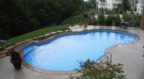 Bench-step-vinyl-over-coping-stamped-concrete-cantiliever-coping-st-louis-st-charles-dardenne-prairie-1